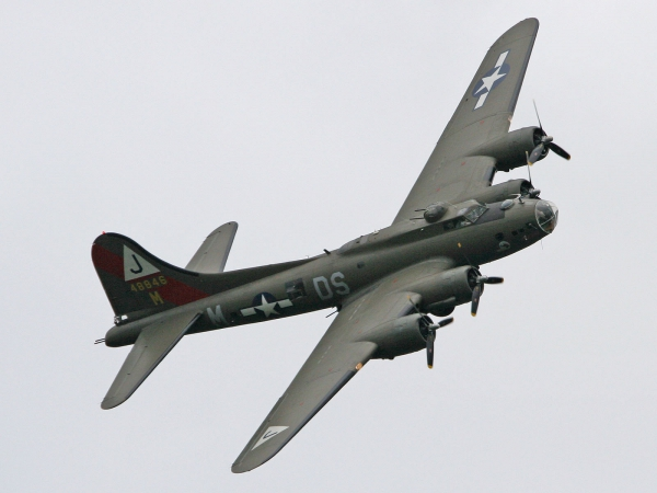 Boeing B-17 Flying Fortress 48846