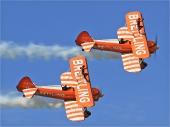 Breitling Wingwalkers mit 2 Boeing Stearman