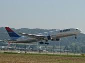 Delta Air Lines N182DN Boeing 767-332/ER