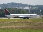 Delta Airlines N160DN, Boeing 767