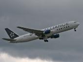 United Airlines N653UA Boeing 767-322/ER