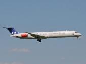 Scandinavian Airlines SAS SE-DIL McDonnell Douglas MD-82