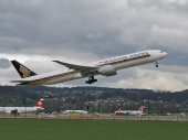Singapore Airlines 9V-SWH Boeing 777-312/ER