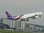 Thai Airways HS-TNC Airbus A340-642