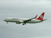 Turkish Airlines TC-JHD Boeing 737-8F2