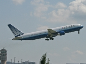 United Airlines N661UA Boeing 767-322/ER