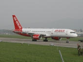 Air Berlin HB-IHS Boeing 757-2G5