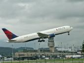 Delta Air Lines N156DL Boeing 767-3P6/ER
