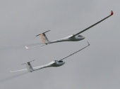 LS8-18 HB-3320 und ASW 28 HB-3339