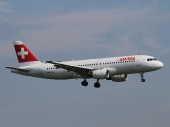 Airbus A320-214 HB-IJQ