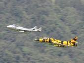 Hawker Hunter T.Mk.68 Trainer mit De Havilland DH-115 Vampire-Trainer