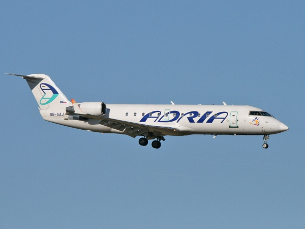 Adria Airways S5-AAJ Canadair CL-600-2B19